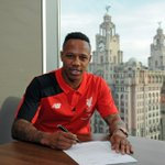 Welcome to Liverpool Nathaniel Clyne. #LFC http://t.co/BmC93PUwrI