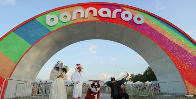 ICYMI: Relive @Bonnaroo with @MumfordAndSons in their new video for #TheWolf! http://t.co/YjRhKLXMs7 http://t.co/UYyKQM5Ae7