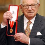 "We remember life of Sir Nicholas Winton, dubbed the ""British Schindler"", whos died aged 106 http://t.co/XahcVwa6vy http://t.co/KjeJcmvunc"