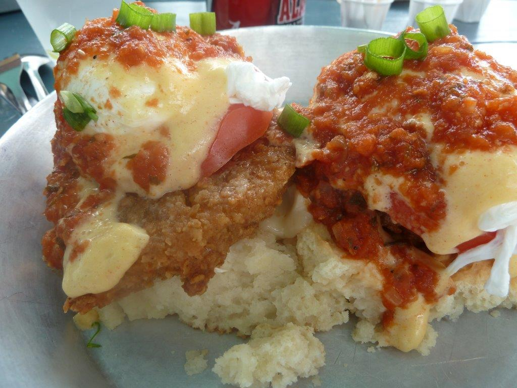 Eating Well in @CityofAsheville: http://t.co/InsExWDWTb #NorthCarolina @HuffPost24x7 @HuffPostFood @HuffPostBlog http://t.co/4qYMBBfwtR