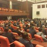 Mhp sattı meclis başkanlığını akpye...Stepne Mhp! http://t.co/p4SzNlR2fZ