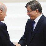MHP lideri Devlet Bahçeli, AKPli İsmet Yılmazın TBMM Başkanı seçilmesi nedeniyle tebrikleri kabul ediyor (zaytung) http://t.co/6hLn8PCQiu