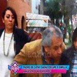Papá de Mamacha escupe a reportera de Peluchín [@rodgonzalezl] http://t.co/6YTzKUKVe1 #AmorAmorAmor #EEG http://t.co/6ptMiaFL6F