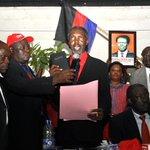 Akena swears self in as UPC president: http://t.co/diUR6Cs0wa http://t.co/zkl29CxpRM