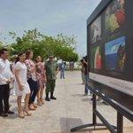 """#HOY Exposición fotográfica en la Plaza de la República """"Sentimientos de México: expresión de orgullo e identidad"""" http://t.co/S9xQNhAJfu"""