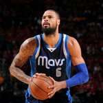 Tyson Chandler has reportedly agreed to a contract with the Phoenix Suns http://t.co/UklMH8Jc5S http://t.co/c4l7XPazYv