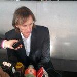"""Gareca: """"Zambrano es uno de los mejores defensores del mundo. Lo de Chile no es para condenarlo"""" @diariolibero #Peru http://t.co/dnZUxJa3Ge"""