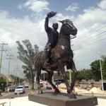 """@CAMPCHEPROGRESA: El día de #HOY fue colocada la escultura a Francisco I. Madero en glorieta de la ría. @ferortegab http://t.co/E8bKx9emri"""