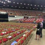 Heres what The Coliseum looks like ahead of @BernieSanders 7pm speech. #news3 http://t.co/oEnKJ1eBNh
