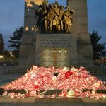 Tomb of the Unknown Soldier on Canada Day. #ottnews http://t.co/k4nGbN5hrm