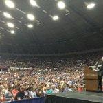 BernieSanders : RT FernandoPeinado: .BernieSanders congrega a 10,000 personas en Wisconsin… http://t.co/zn1gd8Uy5P http://t.co/RzZg96GuYG