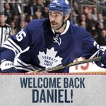 The #Leafs have signed Daniel Winnik to a two-year contract. #TMLtalk DETAILS: http://t.co/3Bqv3tEGJ5 http://t.co/qd90D8ZZxB