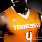 Take time to view nearly 300 images from @Vol_Photos of today's @Nike launch: http://t.co/yJZYOzePxy http://t.co/kGI5sbeWC6