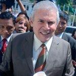 Luis #Castañeda: Cheques prueban que cobró doble sueldo entre el 2004 y 2006 http://t.co/DSqurdzjPO http://t.co/3kLU14Vohr