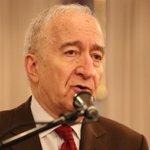 """""""Cuando hablo de pobreza no estoy hablando de un tema más"""". Bernardo Kliksberg http://t.co/Njbr63TXUg"""