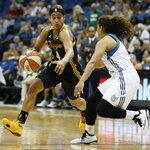 Tough news for #Shock. Skylar Diggins done for the season w/ knee injury. Heres full story: http://t.co/3L15ah0e6j http://t.co/B1R6cpg90j
