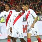 #CopaAmérica: #LuisAdvíncula sigue ganando elogios en #Chile2015 http://t.co/k0SiPMO23Y http://t.co/qMkvuV8bAK