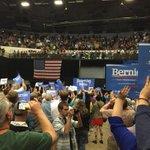 The crowd goes wild for @BernieSanders in Madison, WI http://t.co/zTgfXIk5NN