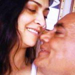 """Really? RT: New York Times makes a blooper with this Digvijaya-Amrita pic  http://t.co/r8lO5daoIP http://t.co/SLocevqPTU"""""""