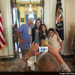 """""""@ndtv: To delight of tourists, White House ends 40-year-old ban on cameras http://t.co/80A2uj4Ifz http://t.co/yb57S5u9Gy"""""""