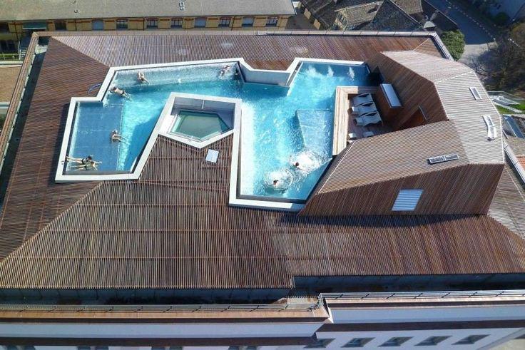 Meer uit je dak met een zwembad... #dakwaarde/#hittegolf @winePearls @iWonen @DroomHome http://t.co/brWc3U7QOR