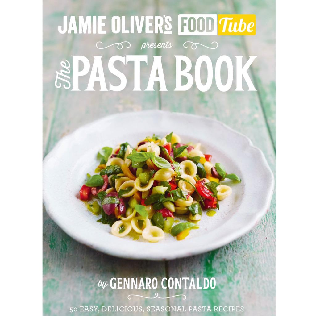 Out today everyone! @gennarocontaldo fantastic seasonal #pastabook You're gonna love it! http://t.co/BtNg5WowtO http://t.co/Hgv0IT03up