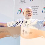 PM .@narendramodi launches .@_DigitalIndia campaign; asks why cant #Google be made in #India http://t.co/cyBeUpG2Fj http://t.co/SfSiA0AEjg