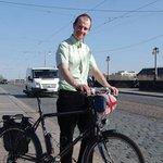 ADFC Dresden fordert ein Radfahrbüro und mehr Kontrolle der Stadtverwaltung #dresden… http://t.co/rJpAnLJSgq http://t.co/zIVBbAVeRK