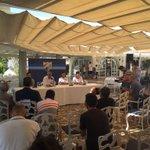 """""""@RCMediterraneo: Presentación de @Charlesbrau9, Juan Carlos y Esphino @MalagaCF http://t.co/Wpim7cvAW4"""""""