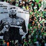 Wolfsburg retire le numéro de Malanda pour la saison prochaine http://t.co/PSLcvDB46u http://t.co/tUOXMi3xE9