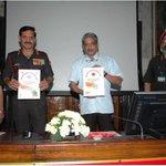 Shri Manohar Parrikar, RM & Gen Dalbir Singh, COAS releasing automation software ARPAN 3.0 as part of #DigitalIndia http://t.co/ksr5j9sC4V