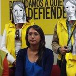 Denuncia Amnistía Internacional @AIQro amenazas vs #AleidaQuintana #Querétaro http://t.co/1oycvhxr09 vía @Univ_Qro http://t.co/szmuOxvXnW