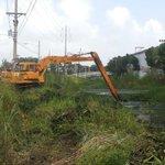 @MOPdePanama Colón inicia dragados en el canal pavimentado de los 4 Altos para evitar inundaciones @TReporta http://t.co/90KYGXFHXI