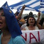 La campaña crowdfunding para salvar a Grecia poniendo 10€ que comenzó el británico @ThomFeeney http://t.co/4RD7sCLgY8 http://t.co/GGmCFezoGA