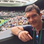 Estoy en #Wimbledon. Va a comenzar el partido de Nadal. Vamos @RafaelNadal !!! http://t.co/B3EANUPX0f