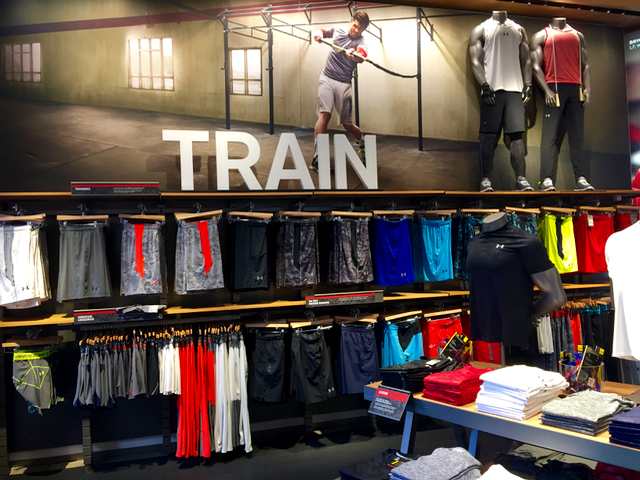 [Pics] Steal These 9 Visual #Merchandising and Store Ideas http://t.co/t4jESSjCG2 #retail http://t.co/GsxjG8rpUz