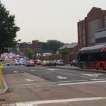 Washington, D.C. Navy Yard on lockdown, Navy says no incident yet confirmed: http://t.co/3zla1Txwx7 http://t.co/93TnCdw9xb