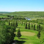A night in LaRiviere, Maniitoba @holidaymountain for $99 w/4 rounds of golf...YES! http://t.co/olpfOt7zKs http://t.co/KBr9QUYHaB