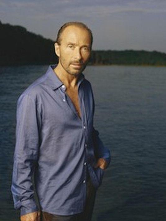 "Some things you DIDN'T know about @TheLeeGreenwood and ""God Bless the USA"": http://t.co/NIZYafoaOK via @Tennessean http://t.co/p84MEnX21j"