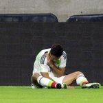 """Javier """"Chicharito"""" Hernández se perderá la Copa Oro por fractura en la clavícula derecha, en amistoso con Honduras. http://t.co/dT2VJVumnj"""