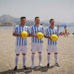 .@Charlesbrau9, Juan Carlos y Espinho posaron con la camiseta blanquiazul en La Malagueta http://t.co/RviSqzVsuY http://t.co/HblcxRAVbX