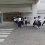 Estudiantes,docentes y administrativos del Colegio Abel Bravo/Colón realizan simulacro de evacuación. #GIRD http://t.co/YNHOte37sS