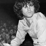 Hace 44 años nos abandonó Jim Morrison, acá las frases célebres del Rey Lagarto http://t.co/VXZZqgEAtf http://t.co/n2r63GcBmj