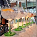 6 tipos #gintonic infusinados con @TanqueraySpain en @OneOceanClub #barcelona #mixology #mixologia #cocktail http://t.co/uQBSt0JDsJ