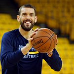 Marc Gasol and Grizzlies progressing toward 5-year max contract deal in excess of $100M. (via @ESPNSteinLine) http://t.co/6f66RJWEvf