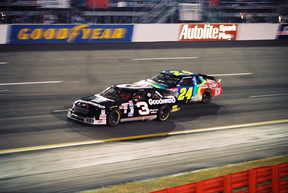 Jeff Gordon battles Dale Earnhardt at Richmond, Fall '94 : NASCAR