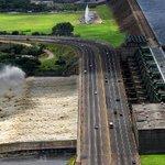Tres puentes unen los sectores de #PuertoOrdaz y #SanFelix. #Guayana #CiudadGuayana http://t.co/1FeC86YKZP