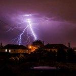 Did you miss the lightning last night? Here are the best pics! http://t.co/xB0U2UezFp @STVEdinburgh @realedinburgh http://t.co/LXf2GuwzTI