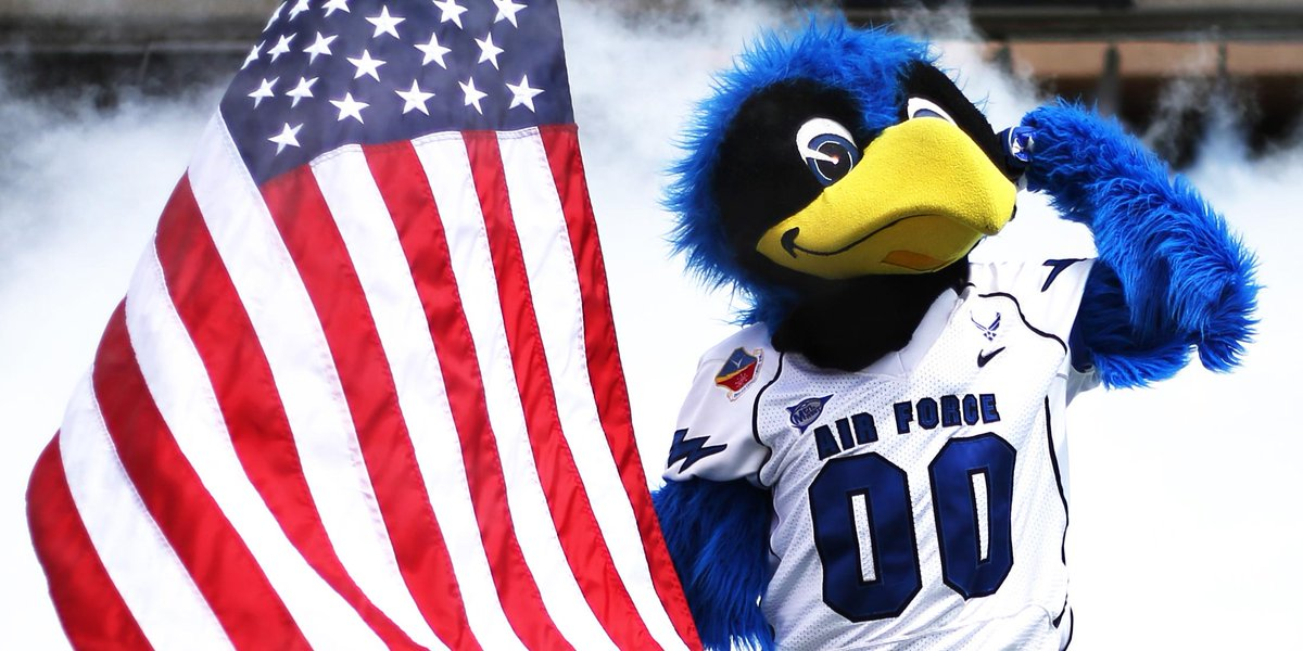 Celebrating 239 years of life, liberty and the pursuit of happiness! Happy Independence Day! http://t.co/ENPn1bvJvy