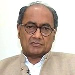 New York Times removes Digvijaya Singhs photo in #SelfieWithDaughter article http://t.co/N4Jbn8Ol19 http://t.co/71vYe5UWxo